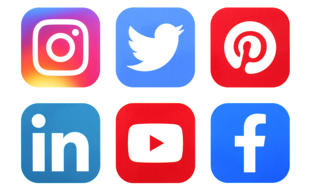 8 Tips to Mastering Social Media for Schools